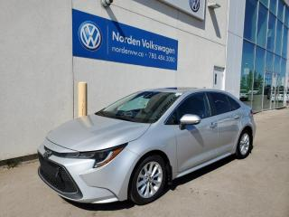 Used 2020 Toyota Corolla XLE CVT - LEATHER / SUNROOF / NAVI for sale in Edmonton, AB