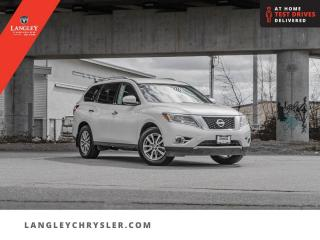 Used 2016 Nissan Pathfinder SV  Hitch/ 4WD/ Backup/ Third Row Seats for sale in Surrey, BC