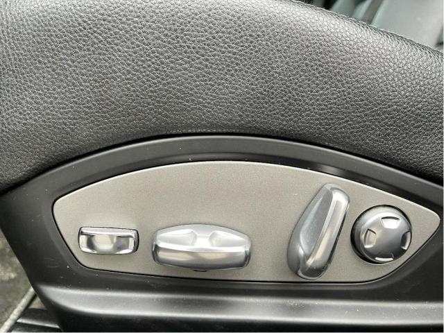 2011 Porsche Panamera 4 AWD NAVIGATION/SUNROOF/LEATHER Photo12