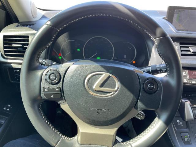 2014 Lexus CT 200h PREM HYBRID NAVIGATION/REAR CAMERA Photo11
