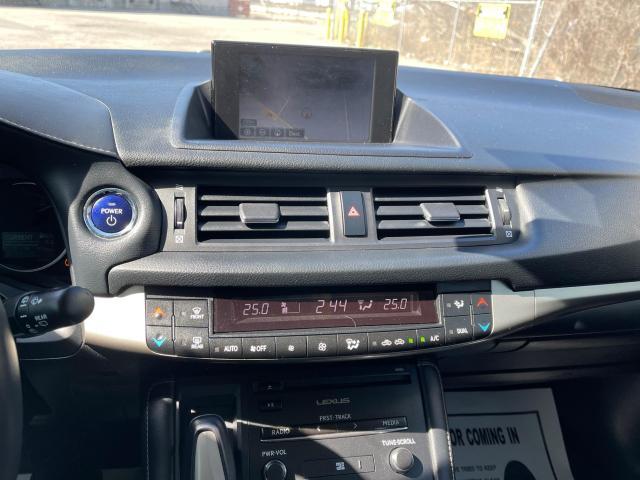 2014 Lexus CT 200h PREM HYBRID NAVIGATION/REAR CAMERA Photo12