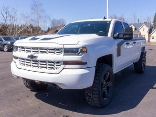 Used 2018 Chevrolet Silverado 1500 CUSTOM 4X4 ÉCRAN BLUETOOTH *CAMÉRA RECUL* for sale in St-Jérôme, QC