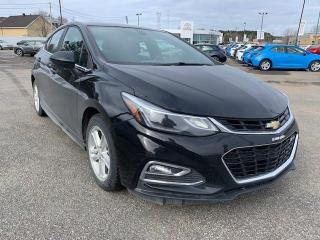 Used 2017 Chevrolet Cruze LT 1.4L à hayon 4 portes avec 1SD for sale in Trois-Rivières, QC