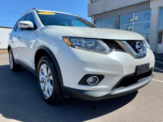 Used 2016 Nissan Rogue SV AWD for sale in Summerside, PE