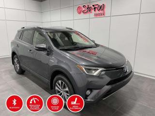 Used 2018 Toyota RAV4 HYBRIDE - LE+ - SIÈGES CHAUFFANTS for sale in Québec, QC