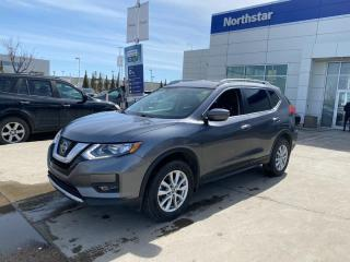 Used 2017 Nissan Rogue SV/AWD/REMOTESTARTER/BLINDSPOT/BACKUPCAM/KEYLESSPUSHBUTTON for sale in Edmonton, AB