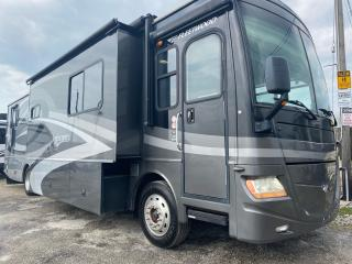 Used 2007 Fleetwood Discovery 39S for sale in Tilbury, ON