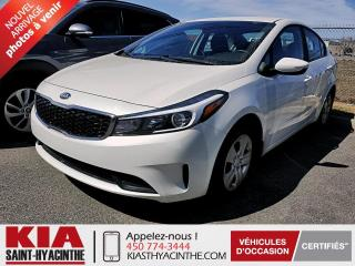 Used 2017 Kia Forte LX ** GR ÉLECTRIQUE / BLUETOOTH for sale in St-Hyacinthe, QC