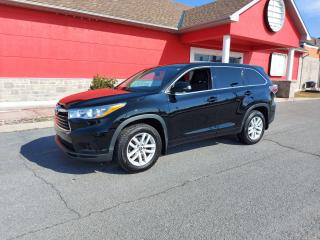 Used 2016 Toyota Highlander LE for sale in Cornwall, ON