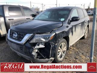 Used 2017 Nissan Pathfinder (30-M) for sale in Calgary, AB