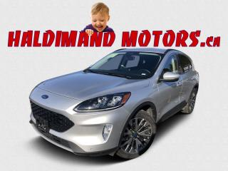 Used 2020 Ford Escape Hybrid TITANIUM AWD for sale in Cayuga, ON