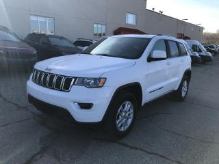 Used 2018 Jeep Grand Cherokee LAREDO 4x4 for sale in Sherbrooke, QC