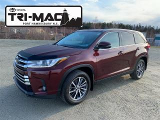 Used 2019 Toyota Highlander XLE XLE AWD for sale in Port Hawkesbury, NS