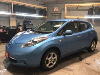 Used 2012 Nissan Leaf Electric Vehicle * Zero Emissions * 24 kWh Battery * 360 Volts * Navigation * Back Up Camera *  Heated Steering Wheel * Hands Free Calling * Cruise Co for sale in Cambridge, ON