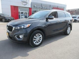 Used 2017 Kia Sorento 2.4L LX for sale in Peterborough, ON