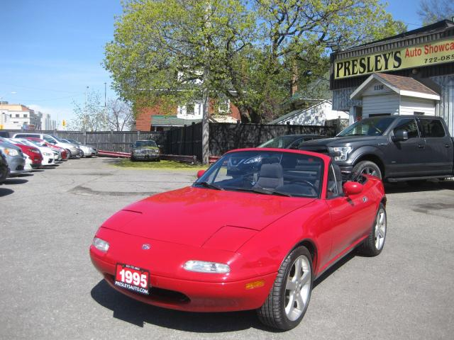 1994 Mazda Miata MX-5 Auto Convertible 2 door Low mileage