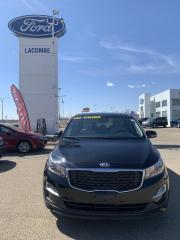 Used 2019 Kia Sedona LX for sale in Lacombe, AB