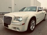 Photo of Pearl White 2005 Chrysler 300