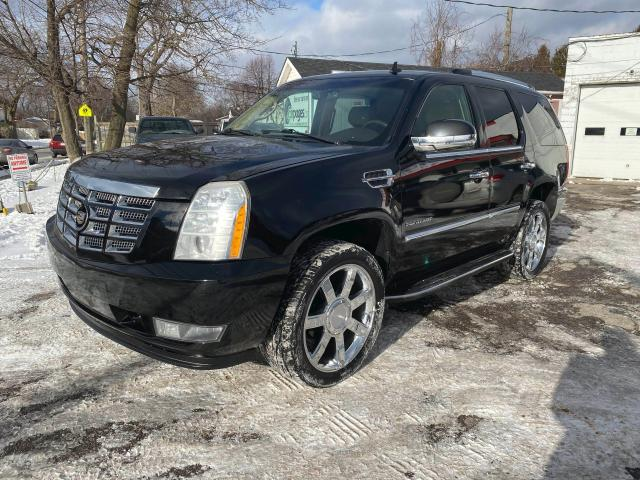 2010 Cadillac Escalade 7 Passenger/DVD/Leather/Roof/Comes Certifed