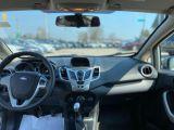 2011 Ford Fiesta SE Photo28