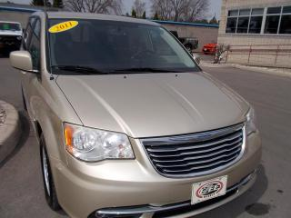 Used 2011 Chrysler Town & Country TOURING for sale in Windsor, ON