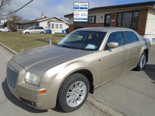 Used 2009 Chrysler 300 Touring  for sale in Ancienne Lorette, QC