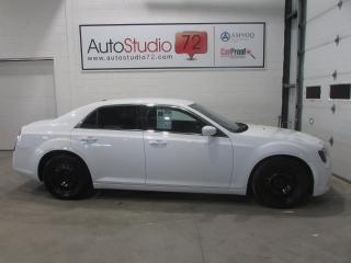 Used 2012 Chrysler 300 A/C**CRUISE**FOGS for sale in Mirabel, QC