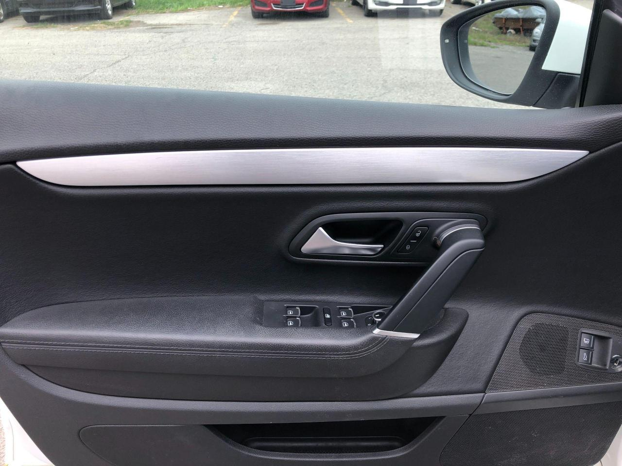 2011 Volkswagen Passat