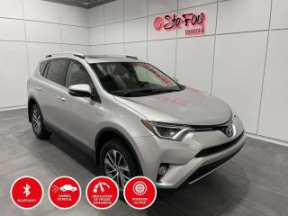 Used 2016 Toyota RAV4 HYBRIDE - XLE  - AWD - TOIT OURVANT for sale in Québec, QC