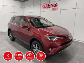 Used 2018 Toyota RAV4 XLE - AWD - TOIT OUVRANT for sale in Québec, QC