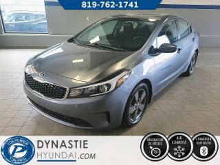 Used 2017 Kia Forte LX  BLUETOOH/ SIEGE CHAUFFANT/ CRUISE (Frais vip 495$ non inclus) for sale in Rouyn-Noranda, QC
