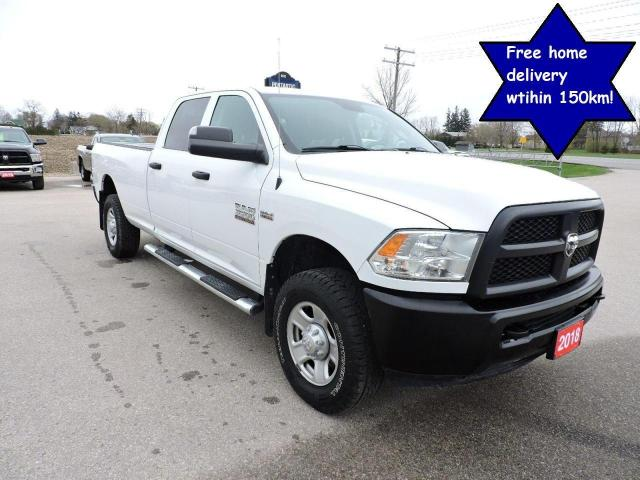 2018 RAM 3500 ST 4X4 Crew/long Only 61000 km's Seating for 6