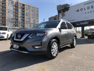 Used 2018 Nissan Rogue SV Xtronic w/Sport Mode Switch, Remote Keyless Entry, Rear Cross Traffic Alert for sale in North York, ON