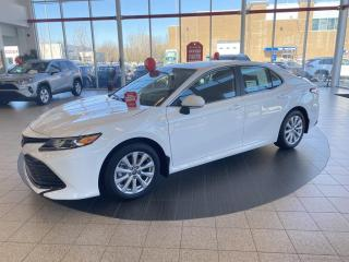 Used 2020 Toyota Camry Hybrid LE, VÉHICULE NEUF! for sale in St-Hubert, QC