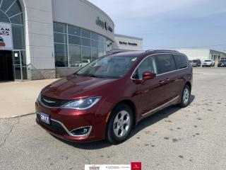 Used 2017 Chrysler Pacifica 4DR WGN TOURING-L PLUS for sale in Chatham, ON