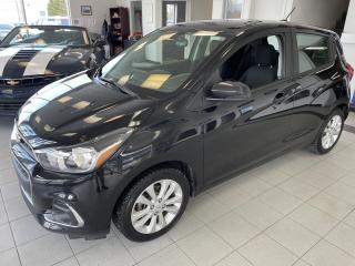Used 2017 Chevrolet Spark LT / MANUEL / CAMERA / AIR CLIMATISÉ / V for sale in Sherbrooke, QC
