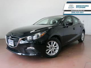 Used 2015 Mazda MAZDA3 1 OWNER | BLUETOOTH | NAV | BACK UP CAM  - $86 B/W for sale in Brantford, ON