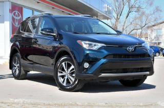 Used 2018 Toyota RAV4 XLE AWD TRÈS BAS KM! MAGS, TOIT, COFFRE ÉLECTRIQUE for sale in Pointe-Claire, QC