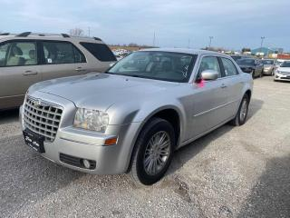 Used 2009 Chrysler 300 Touring  for sale in Innisfil, ON