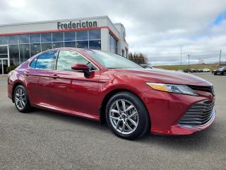 Used 2018 Toyota Camry HYBRID XLE for sale in Fredericton, NB