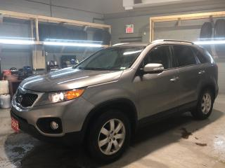 Used 2013 Kia Sorento Heated Cloth Seats * 16 Winter Tires On Steel Rims * Cruise Control * Steering Wheel Controls * Hands Free Calling * Eco Mode * Park Assist * Down Hi for sale in Cambridge, ON