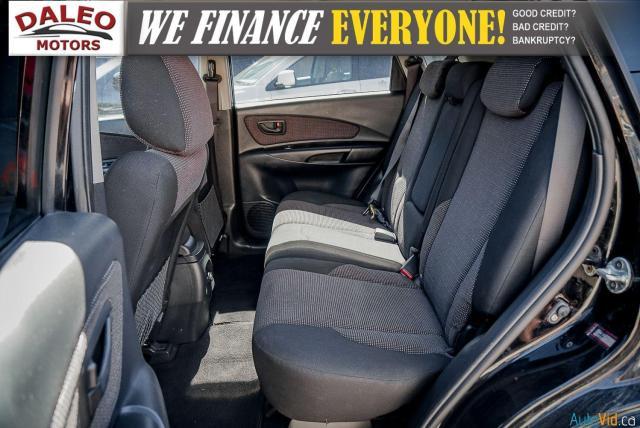 2008 Hyundai Tucson GL / POWER LOCKS & WINDOWS / HEATED FRONT SEATS/ Photo11