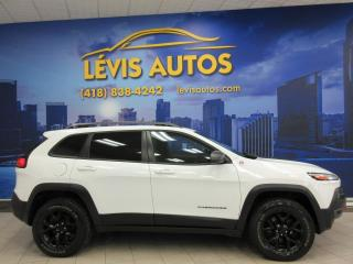 Used 2017 Jeep Cherokee TRAILHAWK V6 3.2L AUTOMATIQUE 9 VITESSES for sale in Lévis, QC