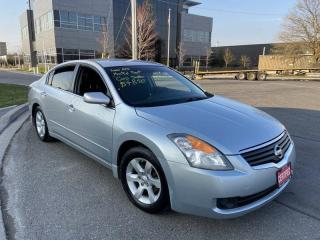 Used 2009 Nissan Altima Automatic, Low Km, 4 Door, 3 Years warranty availa for sale in Toronto, ON