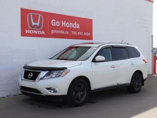 Used 2015 Nissan Pathfinder SL 4WD LEATHER SUNROOF NO ACCIDENTS! for sale in Edmonton, AB