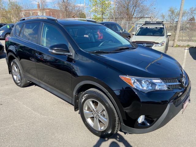 2015 Toyota RAV4 XLE ** AWD, HTD SEATS, BACKUP CAM **