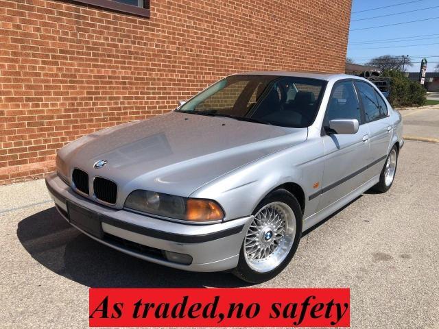 2000 BMW 5 Series 528i/SPORT