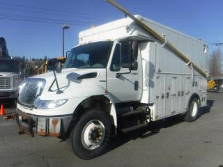 Used 2008 International 4400 DuraStar Cargo Cube van Utility Service Truck Diesel With Air Brakes for sale in Burnaby, BC