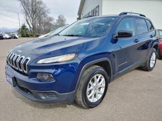 Used 2018 Jeep Cherokee Sport for sale in Pembroke, ON