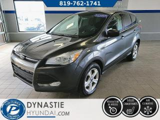 Used 2016 Ford Escape SE AWD/ SIEGE CHAUFFANT/ BLUETOOH (Frais vip 495$ non inclus) for sale in Rouyn-Noranda, QC